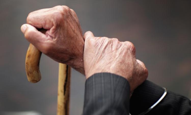 Пенсионерку подозревают в убийстве супруга
