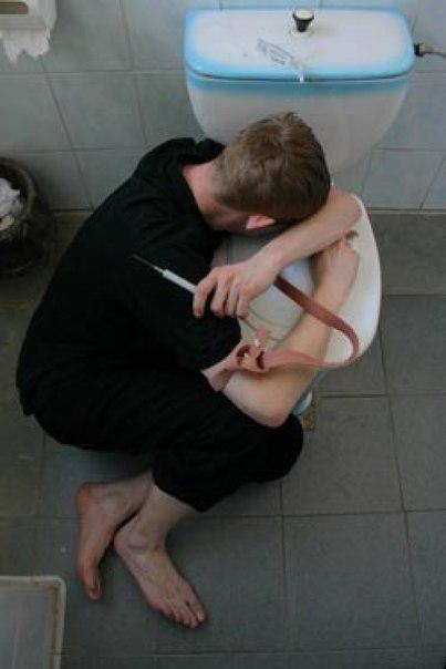 Архангельск. Туалетные встречи в школе № 82