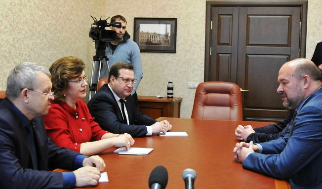 Госдума. Депутат наклепал на губернатора