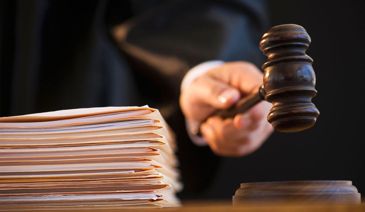 Котласский суд закрыл дело об оскорблении Путина