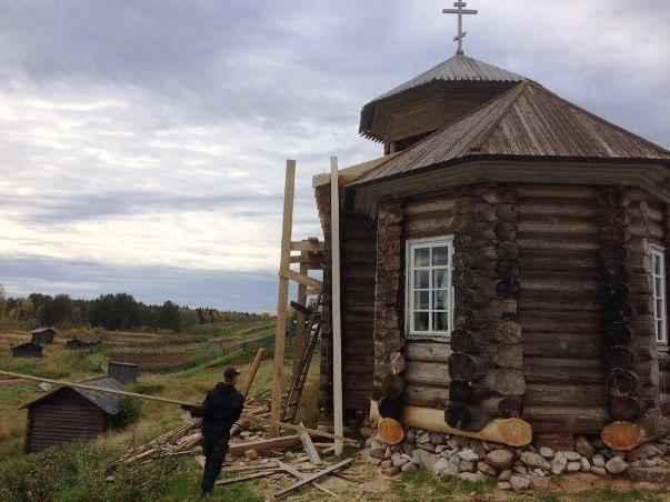 Карпогоры. Храм в деревне Земцово
