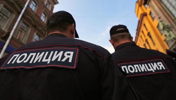 Архангельск. Пьяный повалил троих полицейских