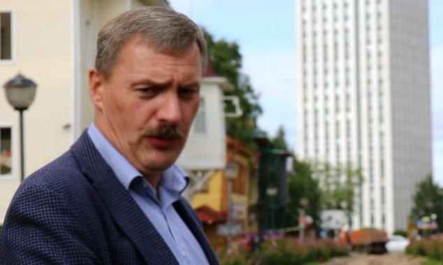 Ваше мнение. В центре Архангельска прекращены работы по благоустройству площади им. Годзиша