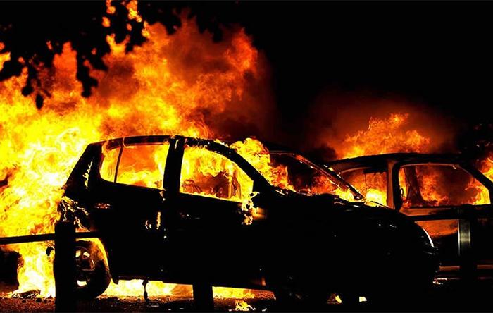 Автомобиль на газу взорвался в Архангельске
