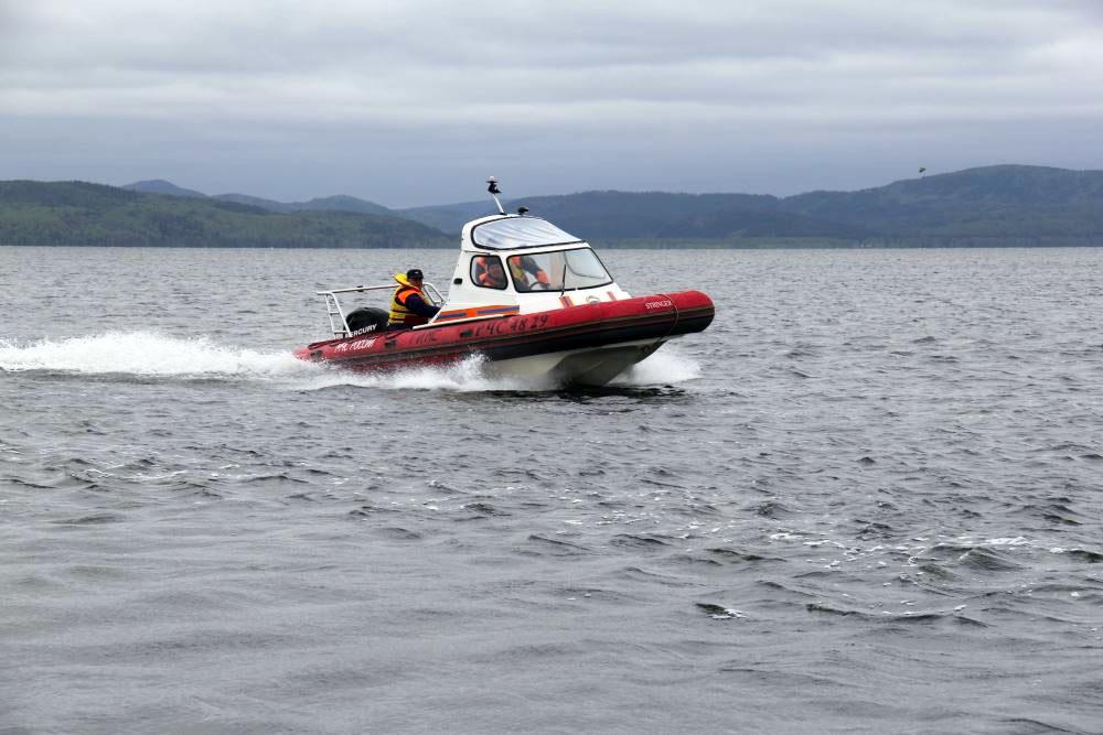 Рыбаков эвакуировали с акватории Белого моря