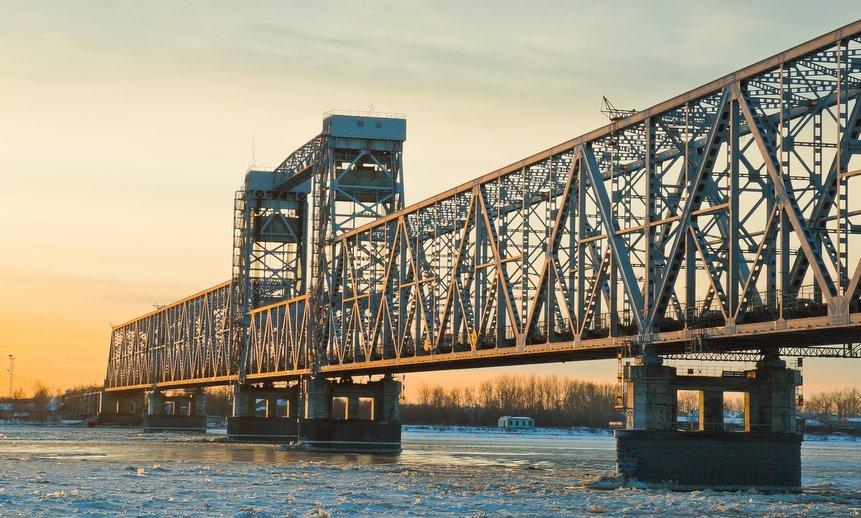В Архангельске ограничат движение на Северодвинском мосту