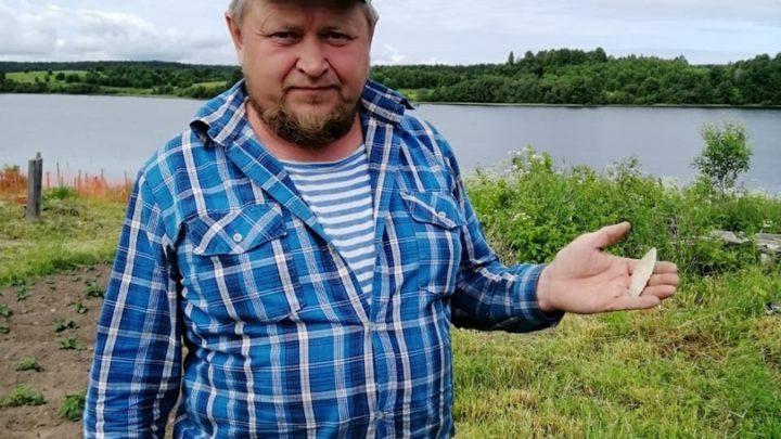 Житель Кенозерья нашёл в огороде древний артефакт