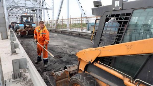 Сдать на сутки раньше: мэрия торопит подрядчика с ремонтом жд-моста