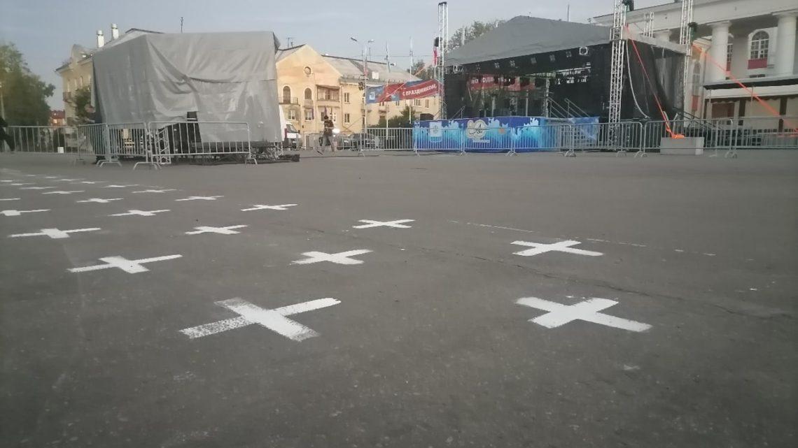 Сомнительные кресты на День Новодвинска