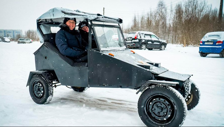 Северодвинск. Школьники собрали машину за 30 тысяч рублей