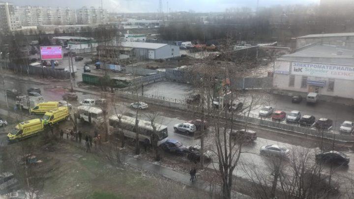Есть пострадавшие в ДТП с участием двух автобусов